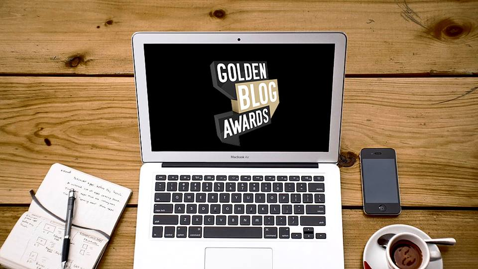 golden-blog-awards-2015-the-backpackerz