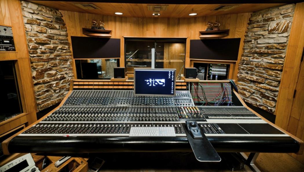 studiotime le airbnb des studios d 39 enregistrement. Black Bedroom Furniture Sets. Home Design Ideas